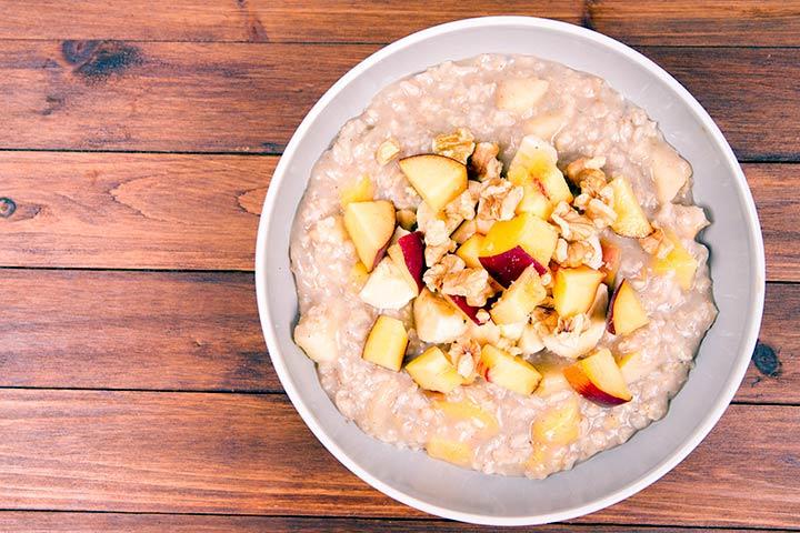 Peach and rice flour porridge
