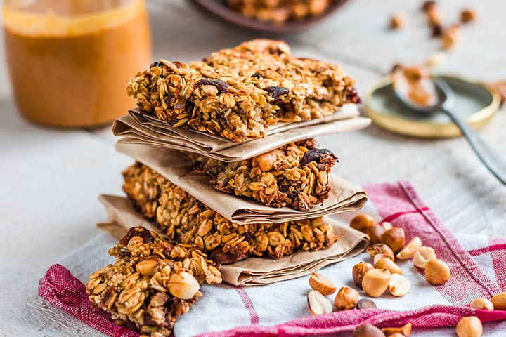 Top 15 healthy recipes for pregnant women peanut butter and chocolate chip energy bars forumfinder Choice Image