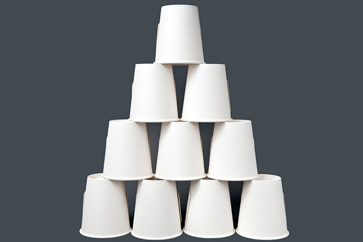 Pyramid stack race