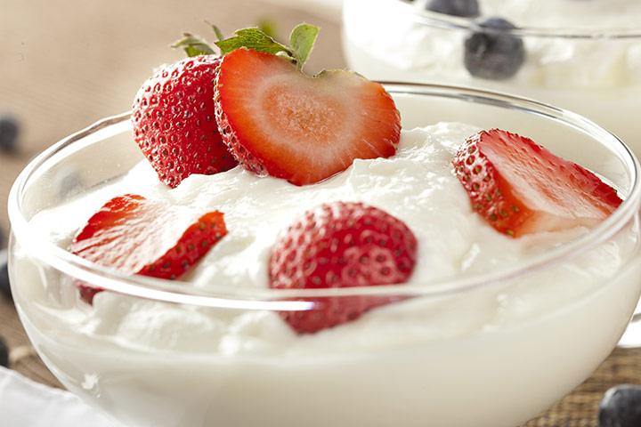 Greek Yogurt For Babies - Strawberry With Greek Yogurt