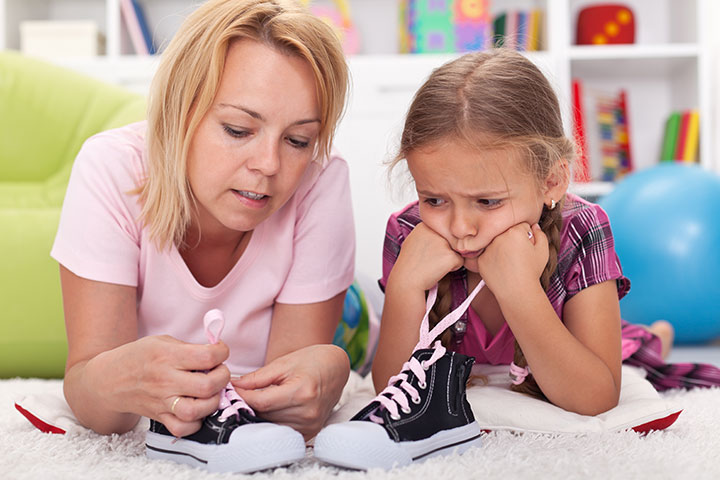 Teach Your Child To Tie Shoelaces