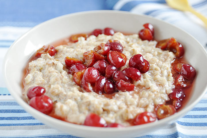 Cherry Puree With Oatmeal