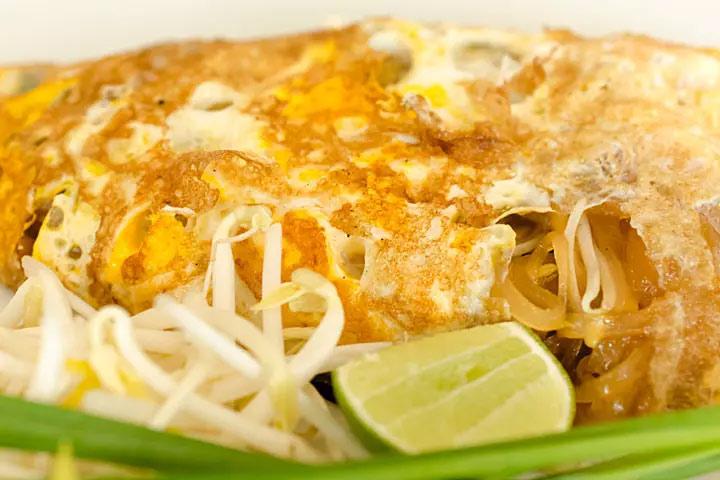 Noodle omelet