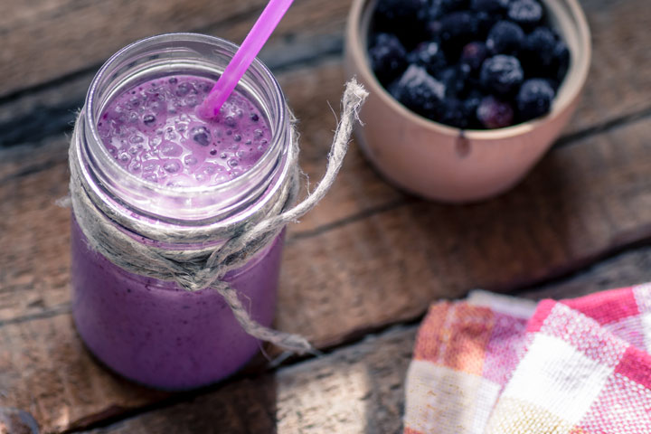 Prune Juice Smoothie With Coconut Milk And Berries