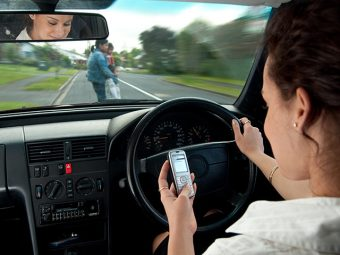 5 Reasons Behind Teens Texting And Driving