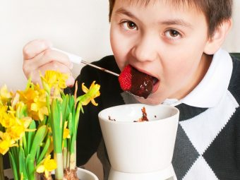 4 Delicious And Easy Chocolate Fondue Recipes For Kids