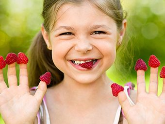 Top 5 Super Foods To Boost Your Kid's Immunity