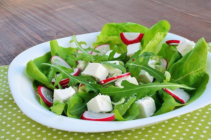 Simple Radish And Arugula Salad