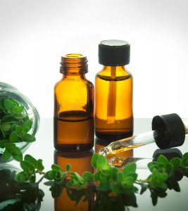 Oil-Of-Oregano-During-Pregnancy---4-Health-Benefits-&-3-Side-Effects-You-Should-Be-Aware-Of