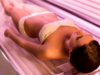 Self-Tanning While Breastfeeding - Is It Safe?