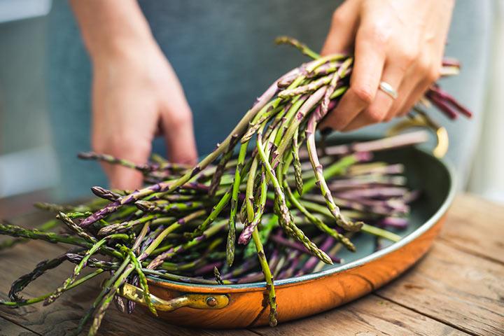 asparagus-while-breastfeeding