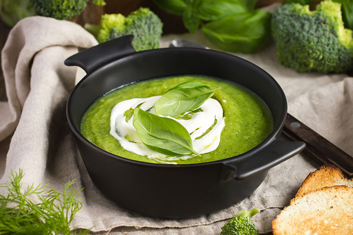 A-Broccoli-And-Pea-Soup