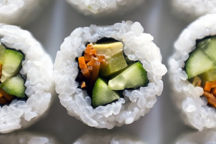 Sushi Recipes For Kids - Carrot And Avocado Sushi