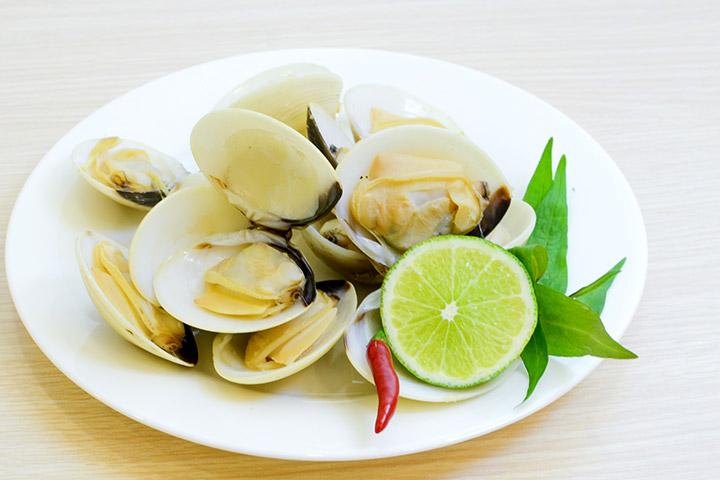 Mussels While Pregnant - Fragrant Mussels In Coconut And Lemongrass Broth
