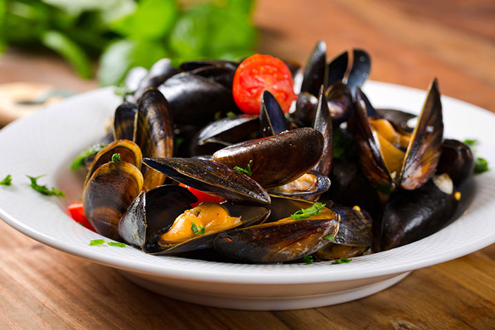 Mussels While Pregnant - Grilled Mussels With Curry Butter