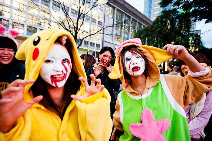 Halloween Activities For Teens - Hit The Streets