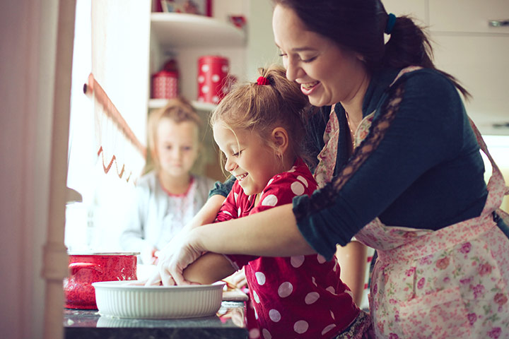 Rainy Day Activities For Kids - Infuse the smell of baking