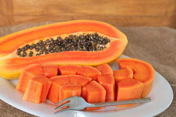 eating raw papaya for periods