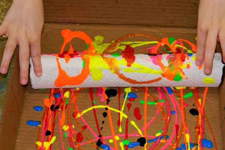 Painting For Kids - Paper Towel Tube Print Hanging Wall Décor