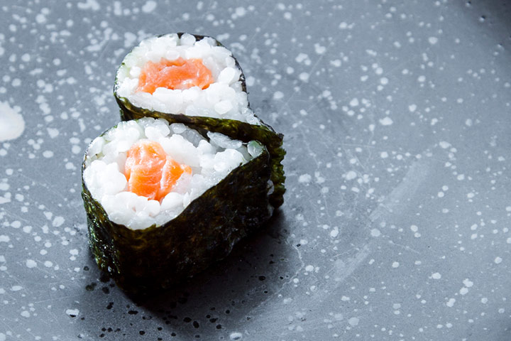 Simple sushi without mat