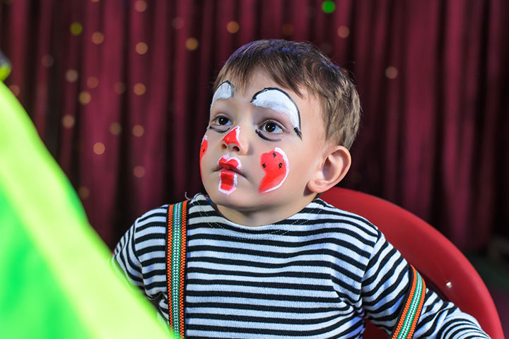 Mime Artist diy halloween costumes for toddlers