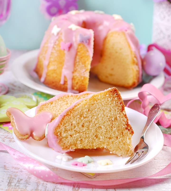 Ring cake with pink icing