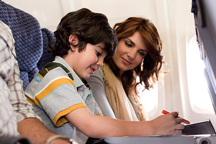 Ways To Entertain Your Kid On A Plane