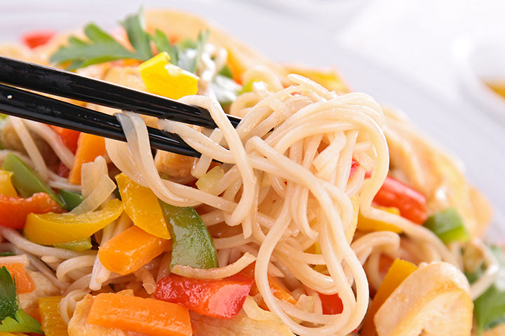 Dinner Recipes That Kids Can Make - Chicken And Peanut Butter Noodles