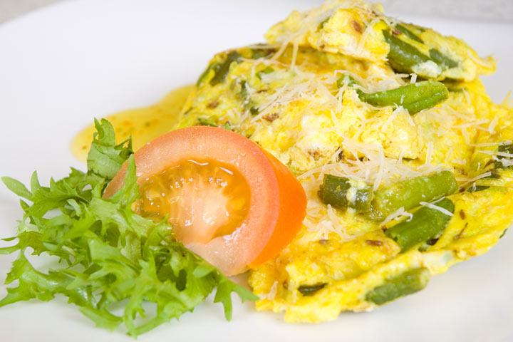 French beans with scrambled egg