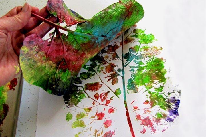Leaf activities - Leaf Printing