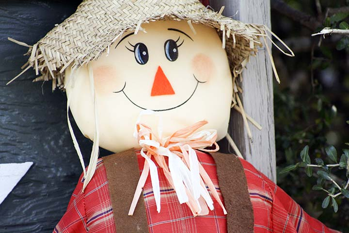 Thanksgiving Activities For Kids - Make A Scarecrow