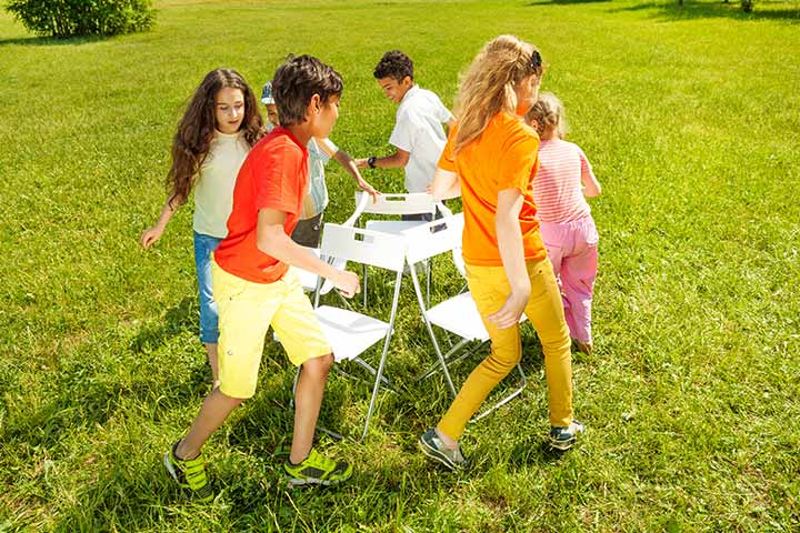 Group Games For Kids - Musical Chairs