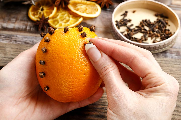 Christmas Crafts For Toddlers - Orange And Clove Decorated Tree Ornament