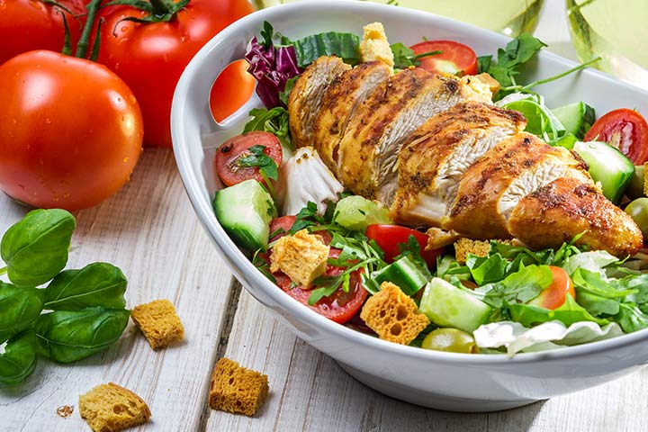 Pan-Grilled Chicken With Salad