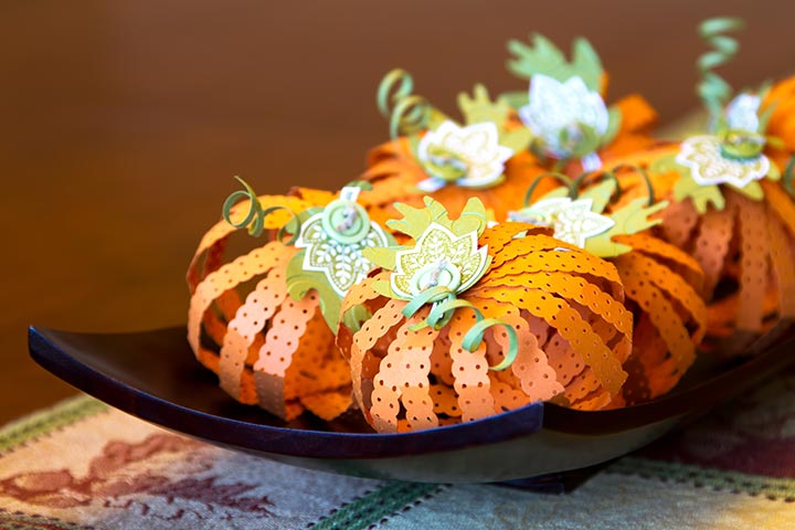 Thanksgiving Activities For Kids - Paper Pumpkins