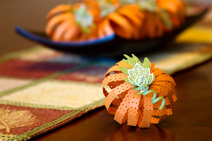 Pumpkin Crafts - Paper Strip Pumpkin