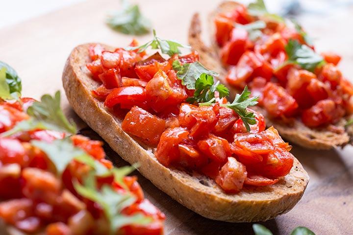 Healthy Snacks For Teens - Tomato Balsamic Bruschetta