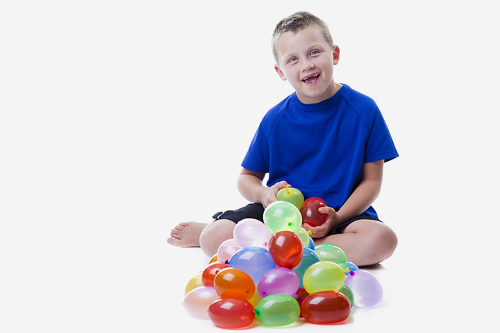 Summer Activities For Tweens - Water Balloon Catch