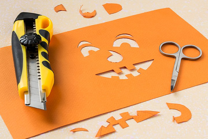 Halloween Games For Toddlers - Who's Behind The Pumpkin Face