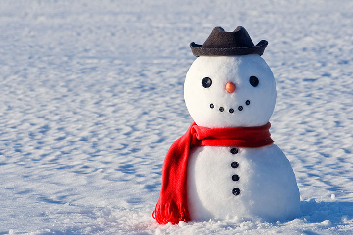 Christmas Activities For Kids - Build A Snowman Contest