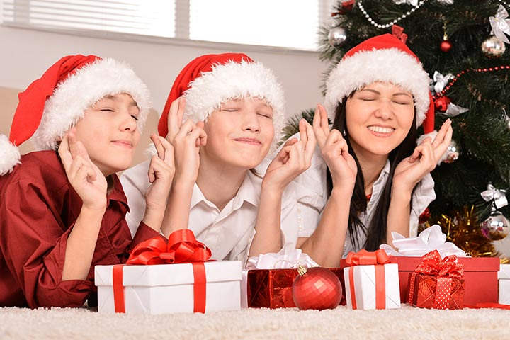 Christmas Party Ideas For Teenagers Part - 42: Christmas Party Games For Teens - Christmas Movie Trivia