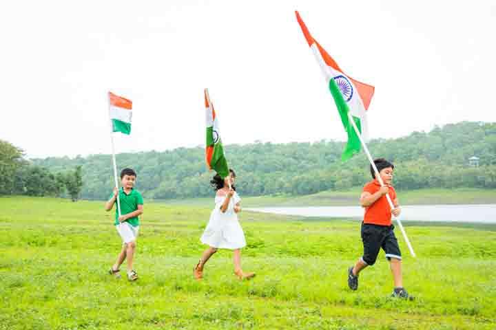 Flag relay race