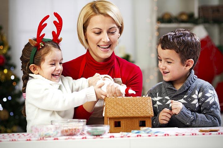 Gingerbread House For Kids - Graham Cracker Gingerbread House
