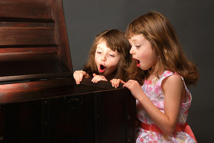 New Years Eve Games For Kids - Indoor Treasure Hunt