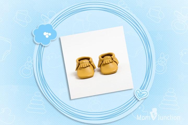 Christmas Gifts For Babies - Petite Pina Colada - Crib Moccasins
