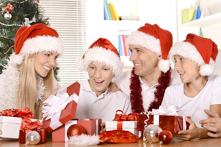 Christmas Party Games For Teens - Santa's Beard Relay Race