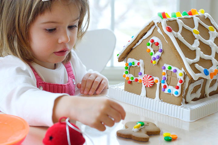 Gingerbread House For Kids - Simple Gingerbread House