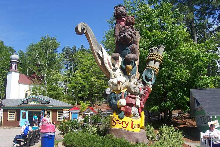 Theme Parks In USA - Story Land, New Hampshire