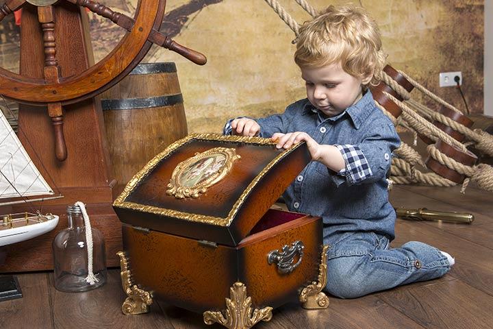 Keeping Kids Busy - Treasure Hunt