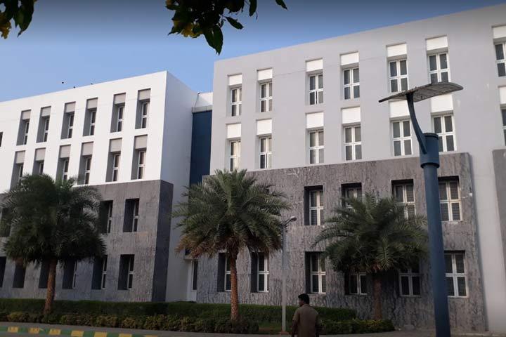 10.Chennai Public School, Thirumazhisai